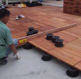 Video et film sur le plot de terrasse dph buzon for Terrasse en bois sur plot
