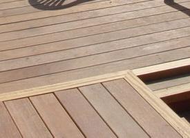 terrasse en bois terrasse bois composite dalle en bois chez pierre et sol fournisseur et. Black Bedroom Furniture Sets. Home Design Ideas