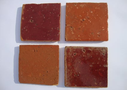 Tomette terre cuite mailll e artisanale couleur rouge for Carrelage terre cuite rouge
