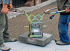 Accessoires de pose pour dalle et terrasse chez pierre et for Carrelage prise electrique