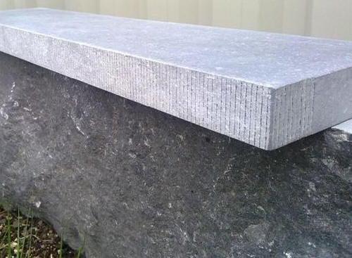 Seuils De Porte En Pierre Chez PIERRE Et SOL Fournisseur ONLINE - Seuil de porte en beton