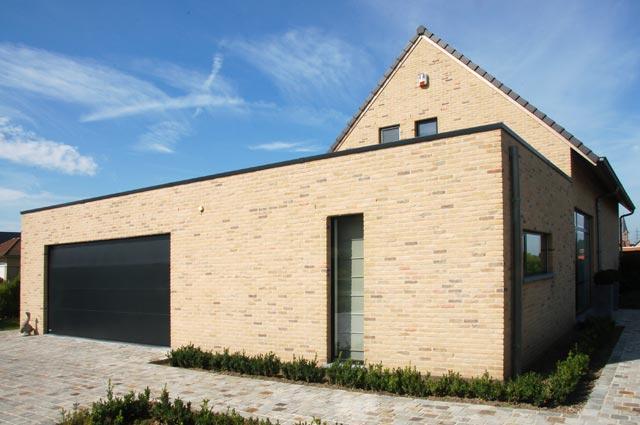 Brique de facade et plaquette de parement antique vande for Brique facade maison