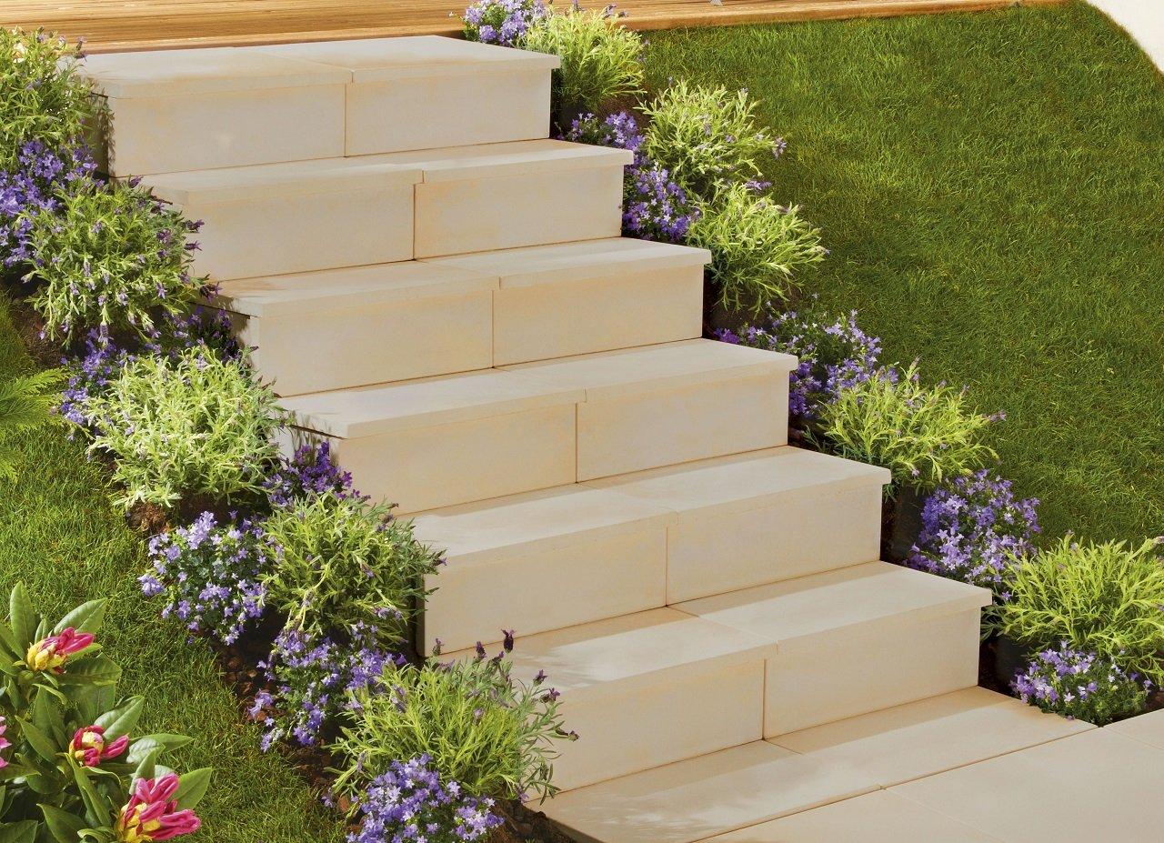 escalier en pierre sur base de module. Black Bedroom Furniture Sets. Home Design Ideas