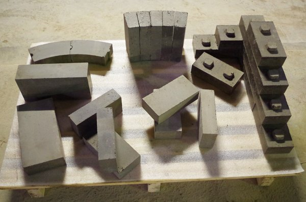 brique de terre crue btc et mortier de montage en terre crue chez pierre sol fournisseur et. Black Bedroom Furniture Sets. Home Design Ideas