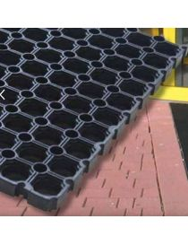 Doormat RIMA VR of entrance in black rubber, surface and honeycomb from ROSCO