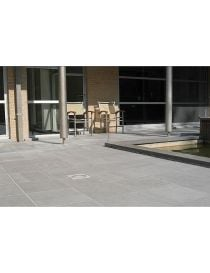 Terrace in slabs of Bluestone raw sawing